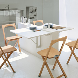 Dining Tables. Quadro Folding Table
